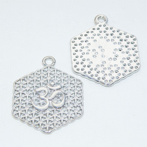 "Antiksilverfärgat hänge ""Flower of Life"" md Aumtecken 25 mm"